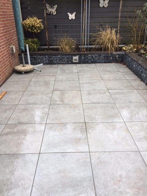 Tegels 60x60 geoceramica.keramische tegel met een betonnen ondertegel